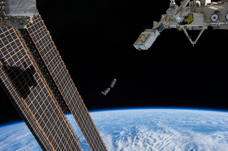Запуск спутника своими руками